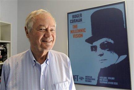 Nhà sản xuất kiêm đạo diễn Roger Corman, cha đẻ của phim Loại B