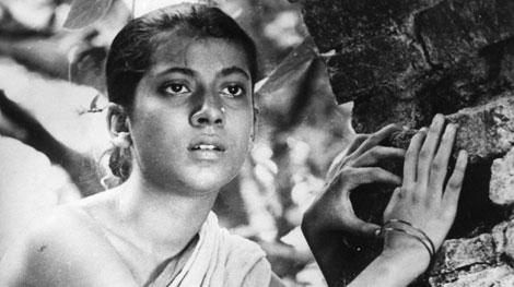 Pather Panchali (đạo diễn: Satyajit Ray)